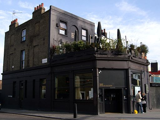 Pub-Londres-Camden-Lock-Tavern-Ewan-Munro