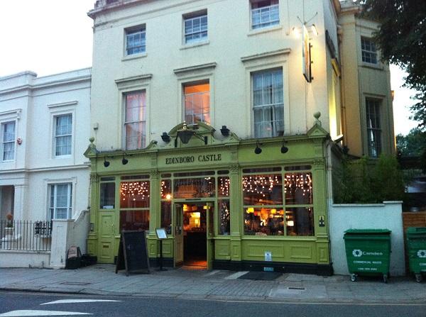 Pub-Londres-Edinboro-Castle5