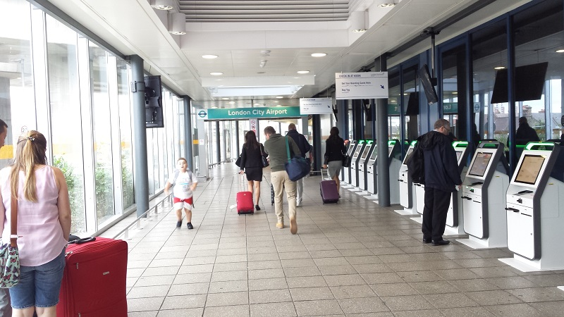 Entrada London City Airport DLR