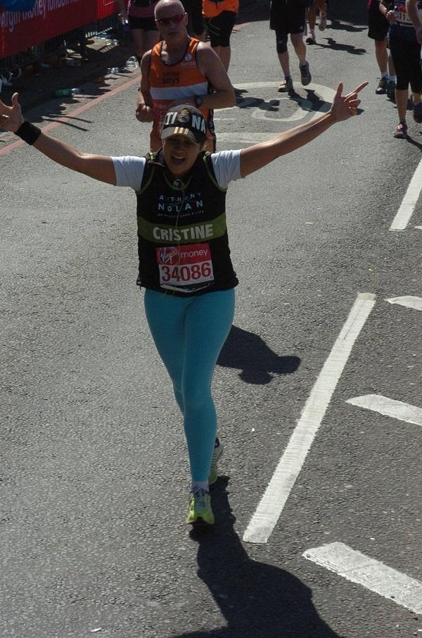 Tininha, colaboradora assídua do blog, correu a maratona de Londres em 2014 pela ONG Anthony Nolan
